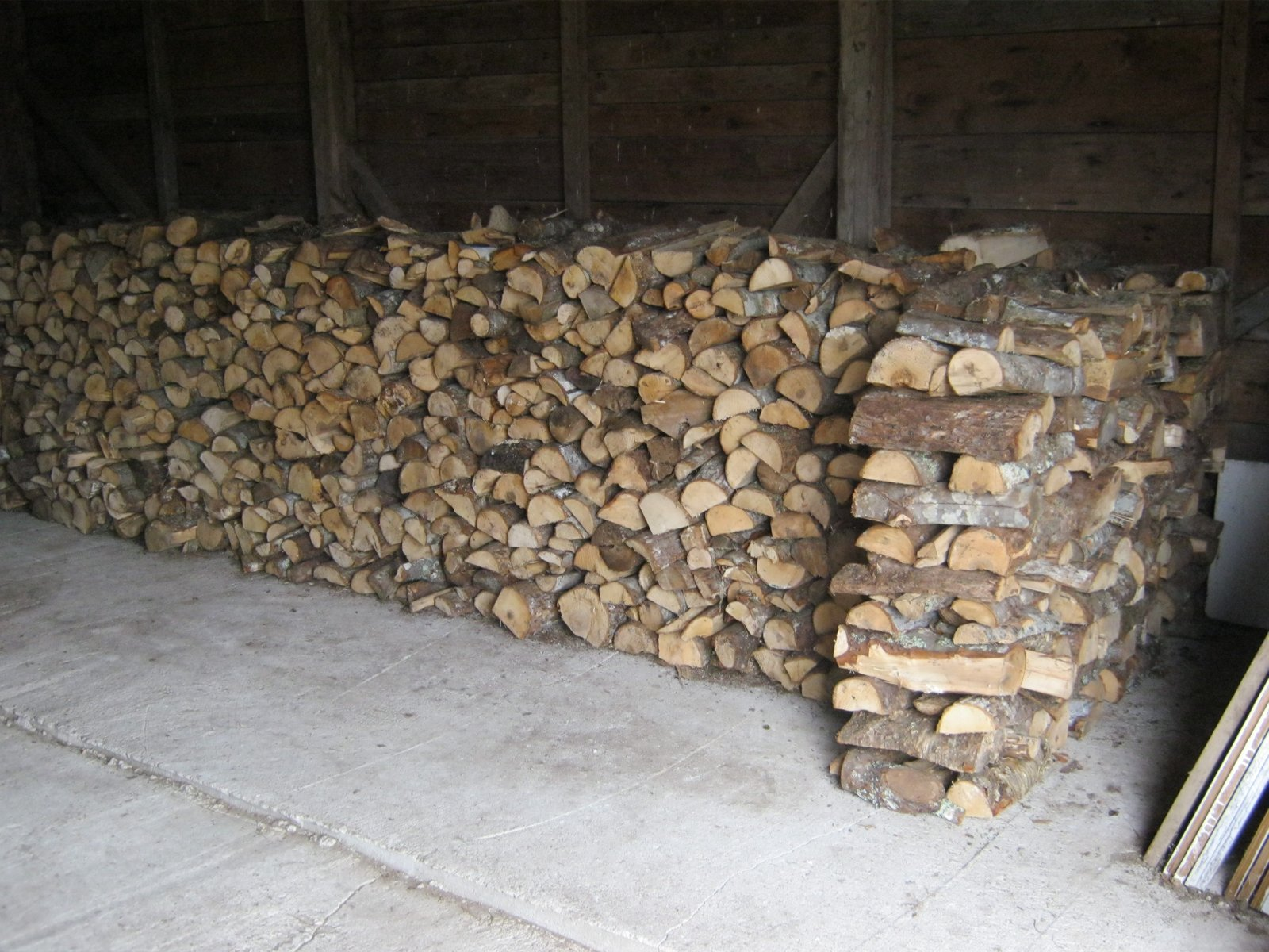 Tidy Wood Stack 1